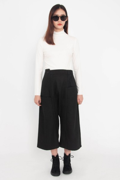 Yara Cropped Pants